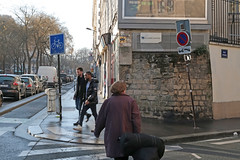 Paris 11me - Paris (France) (Meteorry) Tags: street morning people paris france art boys wall march europe ledefrance pavement candid spaceinvader spaceinvaders guys zebra invader crosswalk pixels rue mur idf trottoir matin clearchannel artderue 2016 mnilmontant 75011 mecs meteorry boulevarddemnilmontant reactivation reactivated pa280 ruespinoza invaderwashere