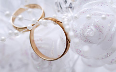 wedding rings (Quang Quyn) Tags: wedding two white texture love sign metal closeup circle gold groom bride engagement couple shiny married bright symbol anniversary pair decoration objects jewelry romance ring event harmony eternity luxury connection jewel sacrament
