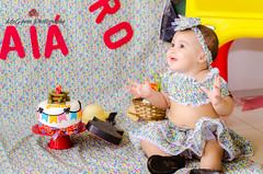 Malu 8 months (McGyverRT) Tags: little girl cake juninas festasjuninas ensaiojunino smile beautiful menina daughter arraia