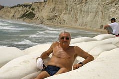 me_Scala_dei_Turchi_5017 (Manohar_Auroville) Tags: girls sea italy white beach beauty seaside rocks perspectives special scala sicily luigi dei agrigento fedele turchi scaladeiturchi manohar