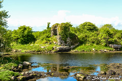 Dungory West Castle tower house ruin (Salmix_ie) Tags: world county flowers ireland west heritage beach nature beautiful way coast site interesting nikon rocks clare scenic may atlantic unesco burren lovely nikkor tranquil the 2016 d7100