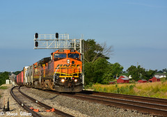 Ex Santa Fe on the Marceline Sub. (Machme92) Tags: railroad sky santafe clouds america nikon tracks rail trains row bn american missouri rails ge railfan bnsf railroads railroading atsf railfanning dash9 railfans transcon trainrace burligrton
