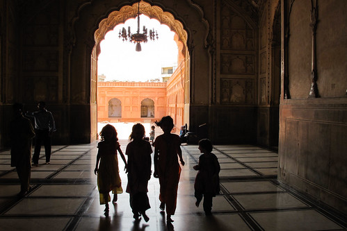 Girls at Badshahi Mosque