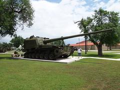 P5251969 (kilpatjm) Tags: oklahoma self sill fort artillery tanks propelled howitzer selfpropelled 175mm t162