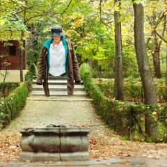 Flotando (Juanedc) Tags: madrid espaa leaves forest umbrella photoshop hojas spain pima bosque otoo es retiro parquedelretiro retiropark auttum