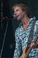 Chesney Hawkes - 2013 Rewind Festival, Day 1, Henley-on-Thames, Oxfordshire, United Kingdom (Phatfotos) Tags: england music festival photo tim concert image unitedkingdom britain live stage united gig great performance performing picture saturday kingdom photograph day1 gb onstage 17 sat holt timothy aug oxfordshire rewind henleyonthames chesneyhawkes 17thaugust 2013 remenham templeislandmeadows remenhamfarm phatfotos 17082013