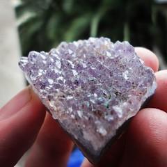 Amatista : Cuarzo con impurezas de hierro (Byron RV) Tags: mineral geology cuarzo quartz hierro amatista geologa mineraloga silicatado