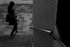 (YOUANDMEORUS) Tags: street leica blackandwhite bw monochrome japan tokyo blackwhite bn m8 日本 東京 モノクロ 白黒 leitz summitar ライカ ズミタール