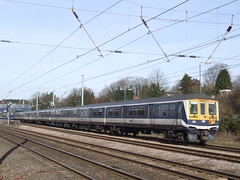 319436 - Harpenden (richa20002) Tags: electric fcc tl capital first class multiple emu connect unit thameslink 319 brel