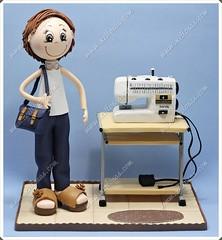 Fofucha con maquina de coser en goma eva (Xeitosas) Tags: diy handmade craft foam mueca manualidades maquinadecoser costurera gomaeva fofucha xeitosas