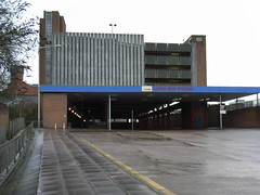 Luton Bus Station (ramridgedave) Tags: bus station beds bedfordshire luton