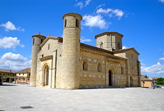 Iglesia de San Martn en Frmista. (lumog37) Tags: church architecture arquitectura iglesia romanesque caminodesantiago romnico