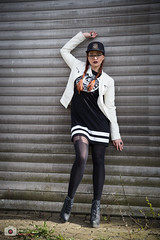 Lange Beine (Sebastian..S) Tags: fashion canon eos model women outdoor kristina pic shooting brille lbeck 6d streetstyle