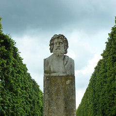 Roman bust in the gardens of the Chateau de Rambouillet, France (Monceau) Tags: trees france garden roman bust rambouillet chteauderambouillet