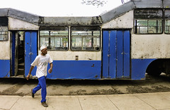 CUBA Morn La Gente I (stega60) Tags: life street blue people bus azul transport cuba bleu autobus morn guagua stega60