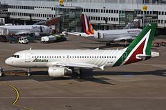 EI-IML Airbus A319-112 Alitalia DUS 27MAY16 (Ken Fielding) Tags: airplane aircraft jet airbus airliner alitalia jetliner a319112 eiiml