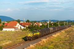 M40 402 - Dorog (Kornl Tili) Tags: city rail railway lanscape mv dorog vonat tehervonat vast mozdony ppos m40402 408402