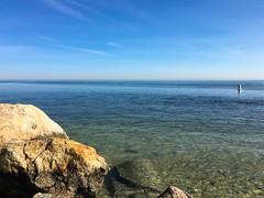 Long Island Sound from the beach at Old Dock Road (Matt McGrath Photography) Tags: newyork beach water unitedstates longisland northshore kingspark longislandsound sunkenmeadowstatepark olddockroad