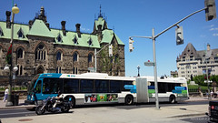 STO 1407 (Alexander Ly) Tags: city ontario canada bus public nova de quebec ottawa transport sto transit gatineau autobus artic articulated lfs societe hev outaouais novabus articule