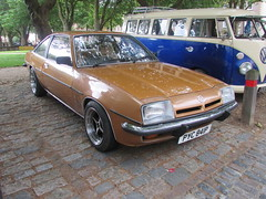 Opel Manta PYC841P (Andrew 2.8i) Tags: opel manta b classic german sports coupe car sportscar queen square bristol show meet