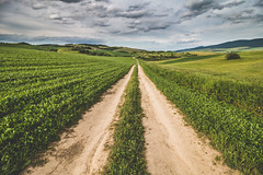 to home (spikeROCK) Tags: summer canon country na slovensko slovakia minimalism sr leto vilage svk dedina dedine vanovka hrustinaokolie hrustn