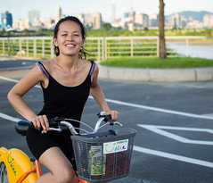 Ubike Girl (simmosimpsonphotography) Tags: ubike cycling bicycle bike girl woman attractive asian asia taiwan taipei riverside river smile bikeride