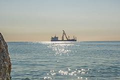 im Sonnenlicht (grasso.gino) Tags: italien light sea italy sun licht boat nikon meer ship sonne schiff marche marken fano d5200