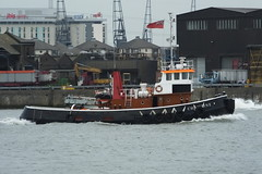 Christine (kenjonbro) Tags: uk london boat greenwich christine 1966 tugboat tug riverthames a217 se10 kenjonbro royalgreenwichborough bartlettcreekshippingltd ajandapratt royalauxilliarytug