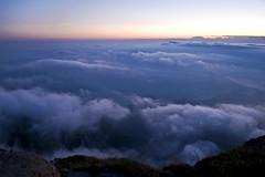 ( ake it uky ) Tags: sunset mountain nature nikon tramonto peak natura luna lc notte lecco stelle grignetta vetta brioschi grigna d80 morrolo 2410m