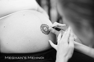 The start of a belly henna