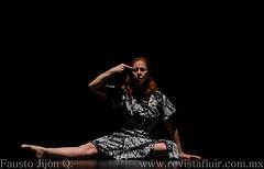 tonos 8 (Fausto Jijn Quelal) Tags: men blanco mexico mujer dancers danza duo movimiento grupo moderndance appleton fausto contemporaneo cna contemporanea bailarines contradanza danzamoderna centronacionaldelasartes teatrodelasartes