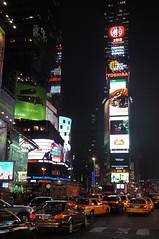 Times Square, New York City (SomePhotosTakenByMe) Tags: auto car taxi yellowcab urlaub vacation usa unitedstates america amerika nyc newyork newyorkcity manhattan midtown uptown innenstadt city stadt nachtaufnahme nightshot skyscraper wolkenkratzer nightphotography night nacht architektur gebäude building architecture