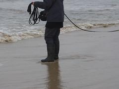 Wet fun (willi2qwert) Tags: black beach wet water girl strand women wasser boots wave wellies watt rubberboots gummistiefel wellingtons gumboots soaked raingear flooded nass rainboots rainpants regenstiefel