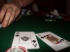 Poker (carolinacenz) Tags: friends game argentina cards buenosaires holidays kodak poker easyshare c813 kodakeasysharec813