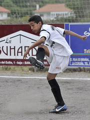 DORN-TIRS 010 1200 (Alberto Segade) Tags: sports football nikon soccer infantil nikkor ftbol oleiros codesal d300 dorneda nikkorzoomlens nikond300 nikon80200afs