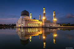 Blue Hour (Nelson Michael) Tags: blue zeiss evening cityscape sony mosque hour malaysia alpha sabah likas bandaraya a99