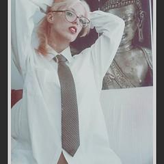 Instagram Chick 1 (drno_manchuria (simonsaw)) Tags: white sexy girl shirt glasses mujer mulher tie knot chick blanca blonde rubia corbata collar gravata necktie nudo camisa menswear krawatten