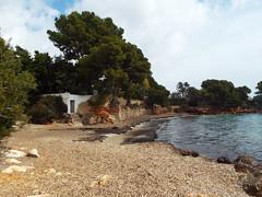 Quiet beach on the Med (Paranoid from suffolk) Tags: trees vacation holiday beach spain cove small cottage shingle espana mallorca majorca palmanova 2016 balearics