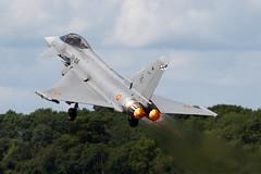C16-28_EurofighterTifon_SpanishAF_FFD (Tony Osborne - Rotorfocus) Tags: tattoo casa spain force space air royal spanish international airbus eurofighter defence typhoon raf 2007 fairford riat tifon