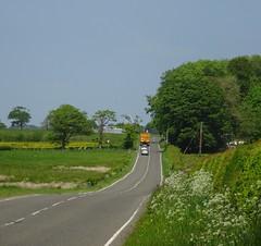 Kingston Road (Bricheno) Tags: road car truck scotland escocia lorry szkocja schottland dunlop ayrshire scozia cosse  esccia eastayrshire   bricheno scoia