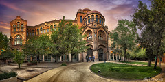 Hospital de Sant Pau, Barcelona, Spain (dleiva) Tags: barcelona city sunset espaa art tourism monument horizontal architecture hospital de dawn spain arquitectura san catalonia catalunya nouveau pau sant domingo modernismo catalua leiva dleiva