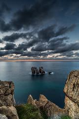 Los Urros (Herv D.) Tags: losurros liencrs cantabrie cantabria santander rochers mer sea ciel sunset poselongue longexposure spain espagne nuages atlantic atlantique seascape landscape paysage
