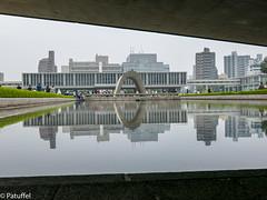 Hiroshima Peace Memorial Park (patuffel) Tags: park reflection monument water japan reflecting mirror pond memorial peace hiroshima cenotaph bomb atomic atom abomb kenotaph