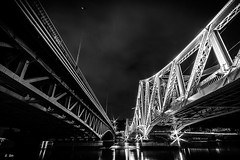 Ponts de la Mulatire (Stphane Slo) Tags: city bridge urban bw france architecture night nightlights lyon noiretblanc pentax hiver rhne nb pont nuit hdr ville urbanlandscape rhnealpes poselongue lamulatire pentaxk3ii