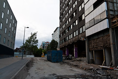 Rasti 06/2016 (location: unknown) Tags: buildings finland concrete living europe steel places demolition underconstruction tampere rebar materials deconstruction rasti precastconcrete purkaminen sandwichpanels esivalettubetoni sandwichelementit