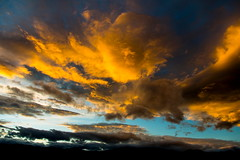 Amanecer (Jos M. Arboleda) Tags: color sol sunrise canon eos rojo colombia jose amanecer cielo 5d nube arboleda markiii popayn ef24105mmf4lisusm josmarboledac