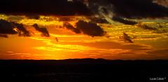 Alm do Horizonte... (lucascobos) Tags: sunset pordosol sea sky cloud sun sol nature clouds skyscape landscape sundown horizon cu redsky horizonte skyporn skylovers