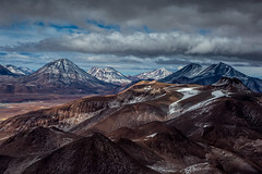Altiplano view from Lascar (Piotr_PopUp) Tags: chile morning sky cloud mountain mountains latinamerica southamerica clouds landscape volcano fromabove andes altiplano puna sanpedrodeatacama volcan antofagasta lascar lejia chiliques losflamencos