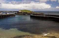 2112  Cudillero, Asturias (Ricard Gabarrs) Tags: water puerto mar agua playa olympus arena nubes olas cudillero airelibre ricgaba ricardgabarrus