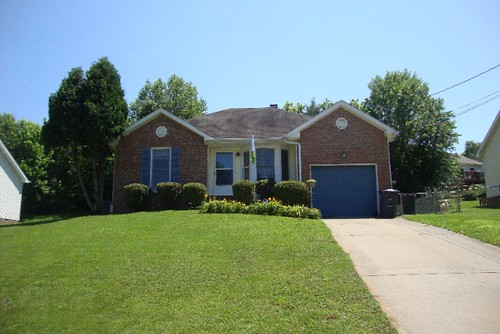 Stop Looking For A Home In Clarksville, Tn - I Have A 3 Bedroom, 2 Bath Brilliant Home Listed At Just $114,900! Mls# 5777172